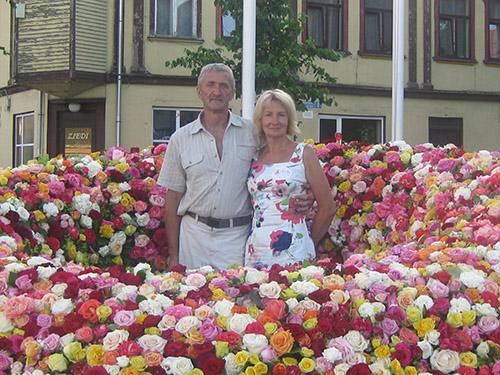 par-mums-dailas-rozes